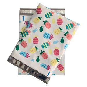 100 10x13 Poly Mailers Pineapple